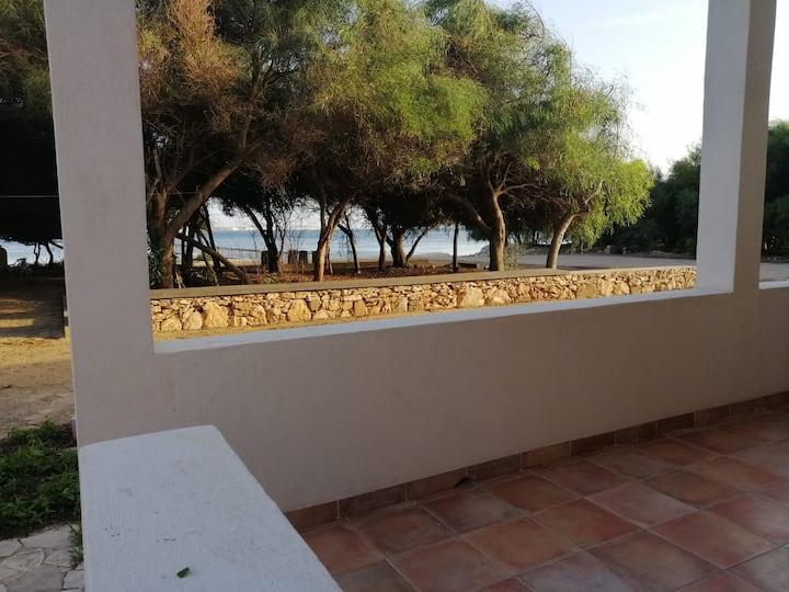"""""""Casa Lucrezia"""" di fronte al mare"""