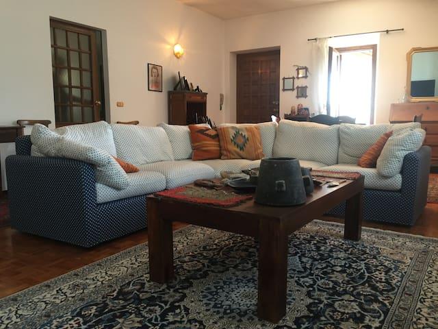 Varallo - Appartamento 4 posti letto in Valsesia - Varallo - Byt