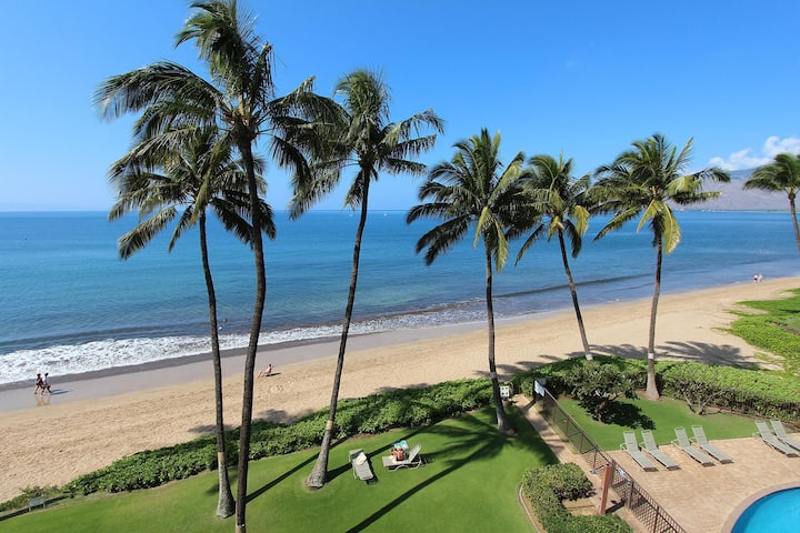KB503-1 Bedroom/1bath Charming Oceanfront Condo on Beautiful Sugar Beach