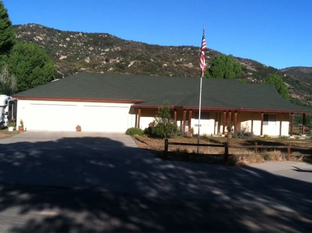 Home Stay in San Diego Mountains - Pine Valley - Casa