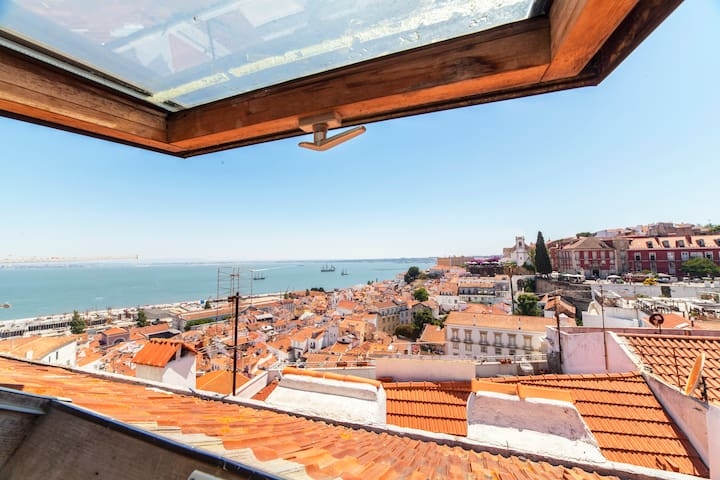 Alfama Watchtower Duplex 24