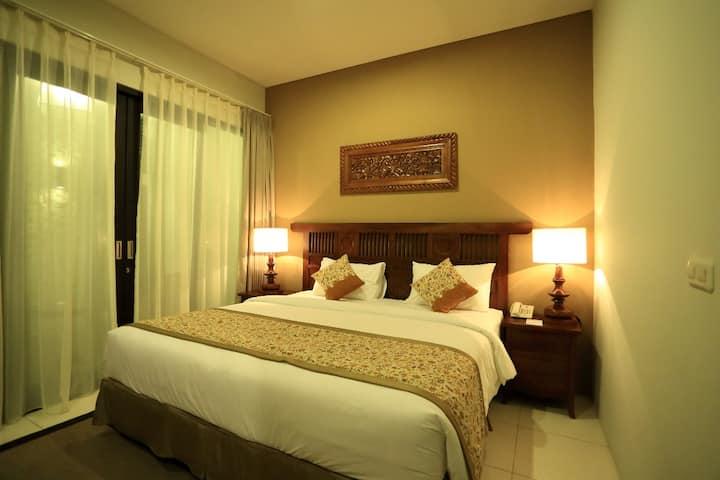 Deluxe Room Bali Sunset Villa Seminyak 1