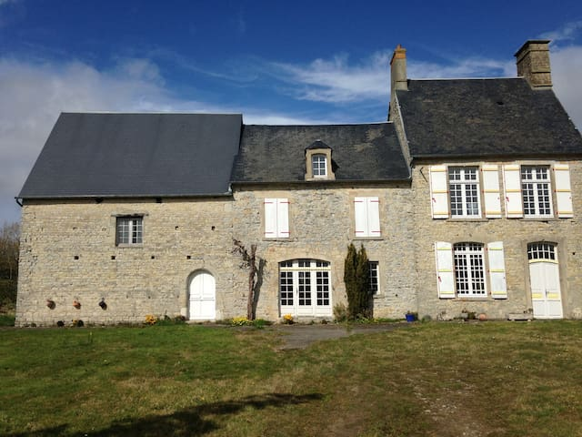 Norman Farmhouse / Tour de France - Angoville-au-Plain