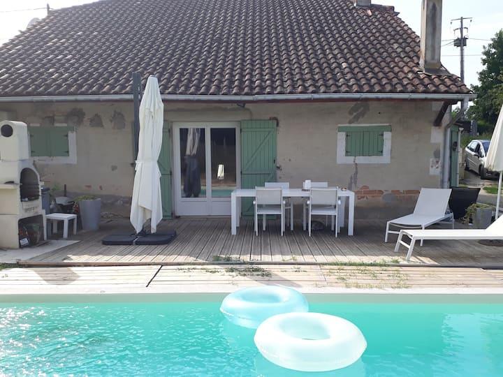 Maison en pierre de 125 m2 avec piscine