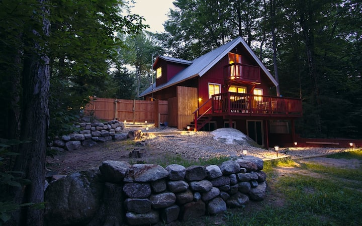 Twin Pines Chalet 3BR w/Private Beach and Dock