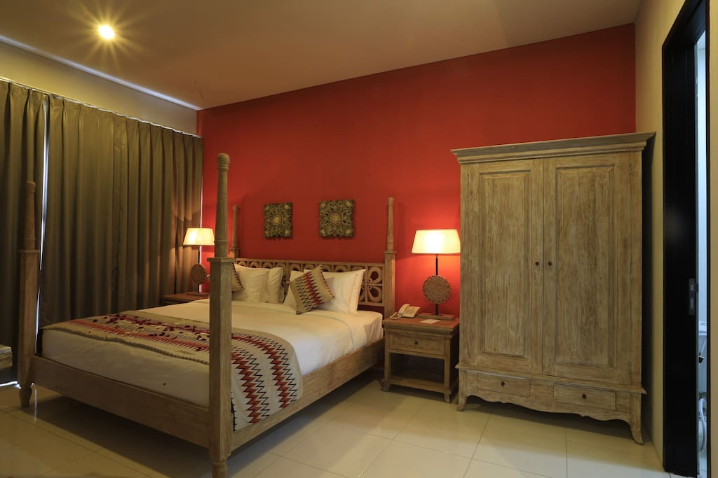Room 2: double bed