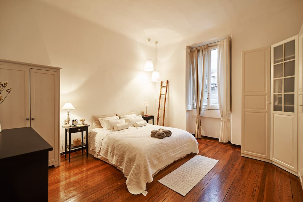 Nice apartment in city center 15 min to duomo for Design apartment milano city center duomo