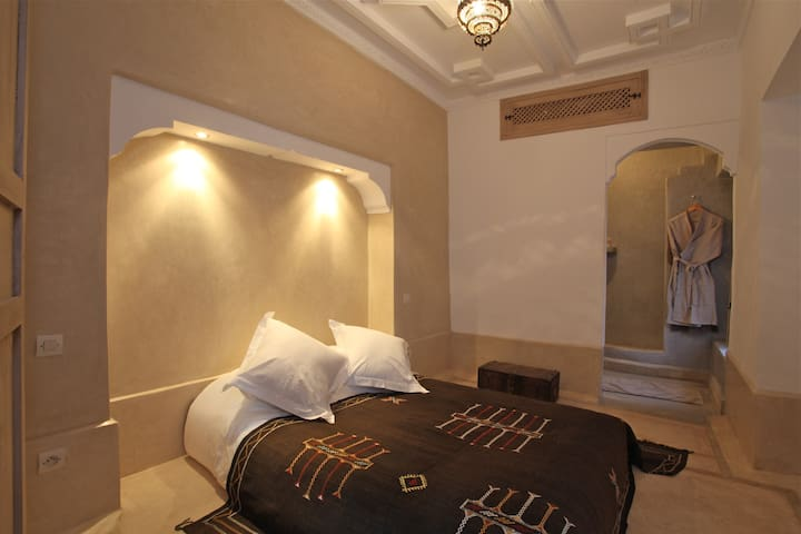 Room Canelle, Riad BB, jacuzzi