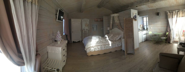 Chambre de charme cocooning.... - Francillon-sur-Roubion - Bed & Breakfast