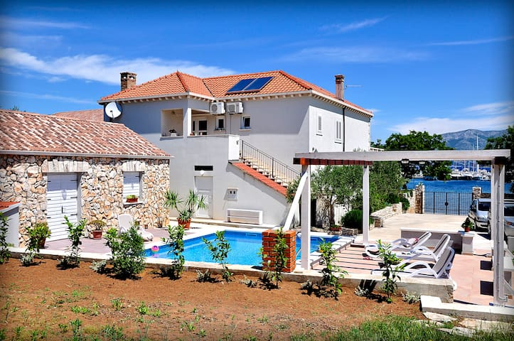 "AMAZING VILLA ""ELLA"" WITH POOL"
