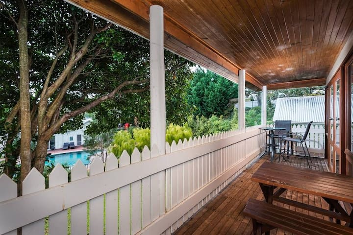One Bedroom Cottage at McMillans of Metung Resort