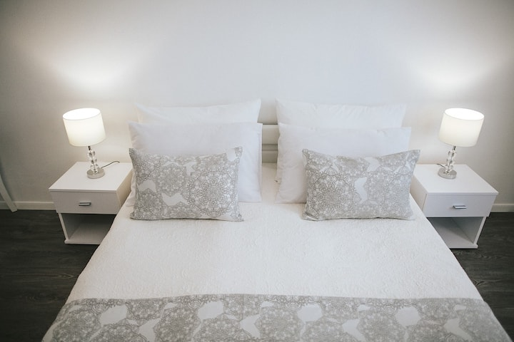 Standard King Room with king size bed 7A