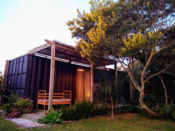 Habitación en el jardín.