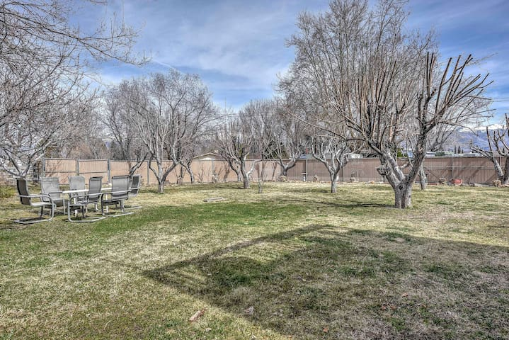 2BR Bishop House w/ Backyard Creek & Fruit Trees!