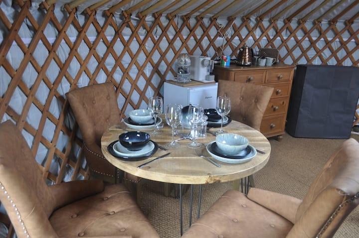Cherish Glamping Swallow yurt