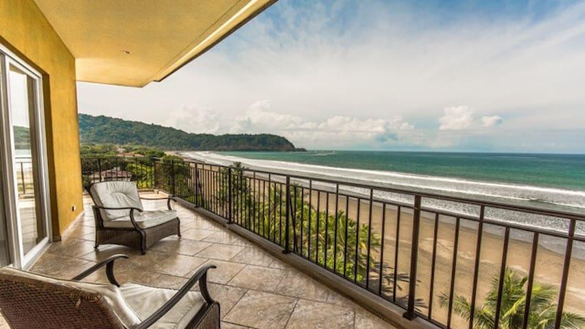 Costa Rica Tranquil Beachfront Retreat