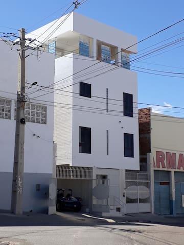 Triplex em Caico, saída Oeste da Cidade