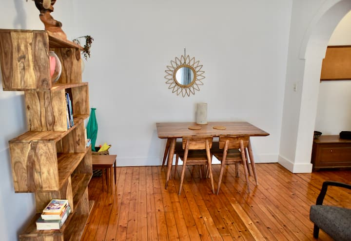 Nice family pad -few steps away from Coogee beach!