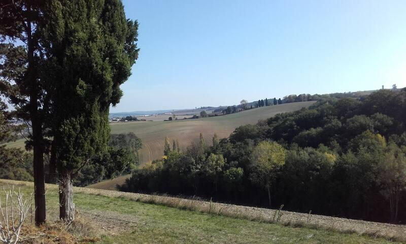 Maison de campagne avec vue sur le Lauragais
