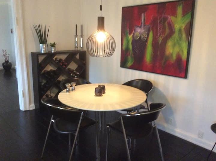 Hyggelig lejlighed, tæt på Helsingør centrum.
