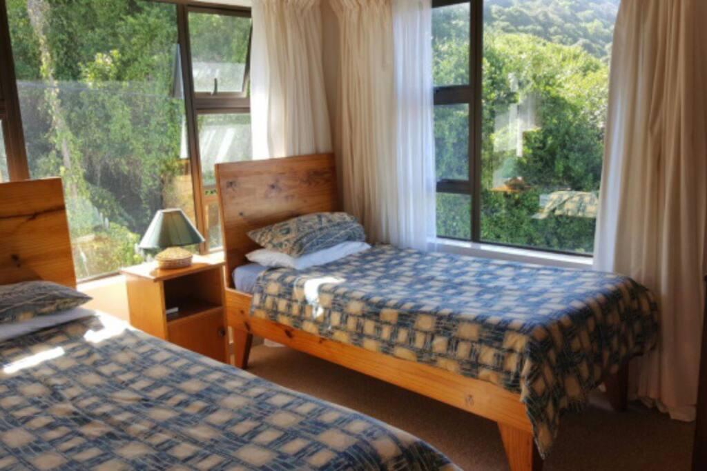 2 single beds - room 2