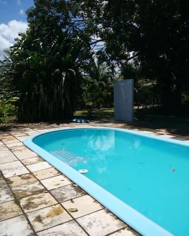 Chacara Sarita, relaxe junto à Lagoa do Bonfim