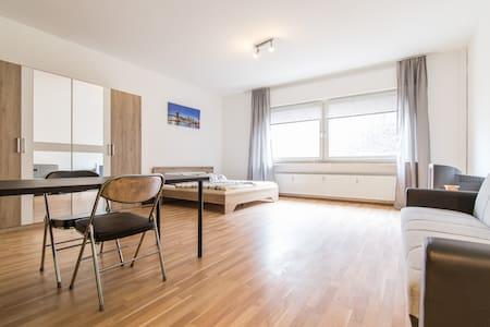 Big apartment - ドルトムント - アパート