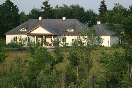 Country living 30 minutes from Warsaw