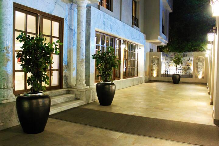 Villa Arabesque - 1 Bedroom Apartment ( Emerald )