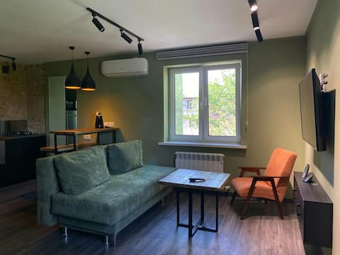 Comfy studio. Just renovated. Great location.