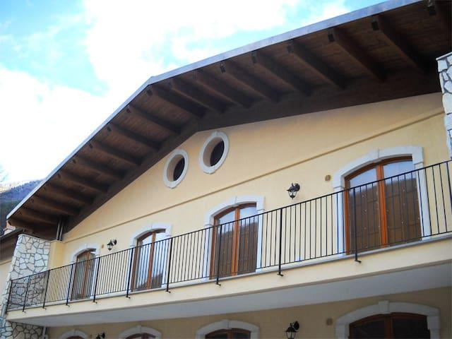 Appartamento 6 posti letto - Villetta Barrea - Leilighet
