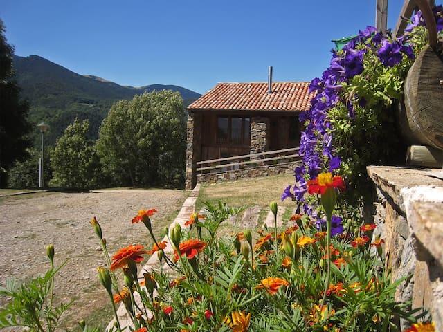 Nice Mountain cottage, Catalan Pyrenees.