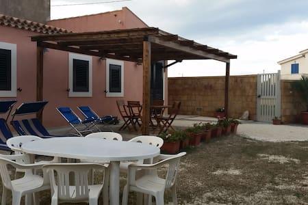 Villa sul mare di Noto FREE WI-FI - Calabernardo - Huvila