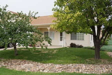 Beautiful quiet duplex in La Junta
