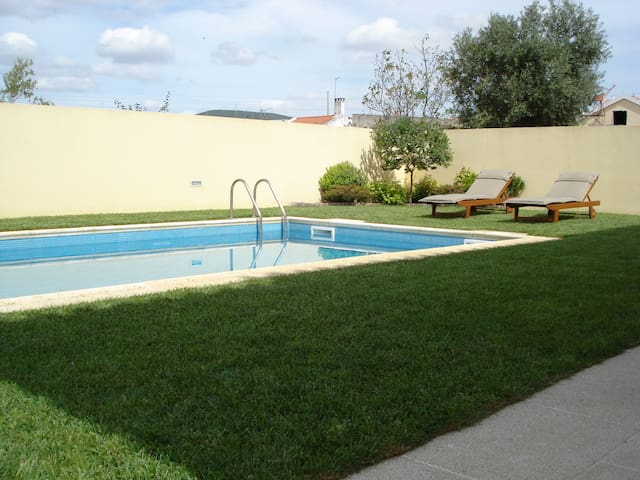 Luxury House with private pool - Vialonga - Ház