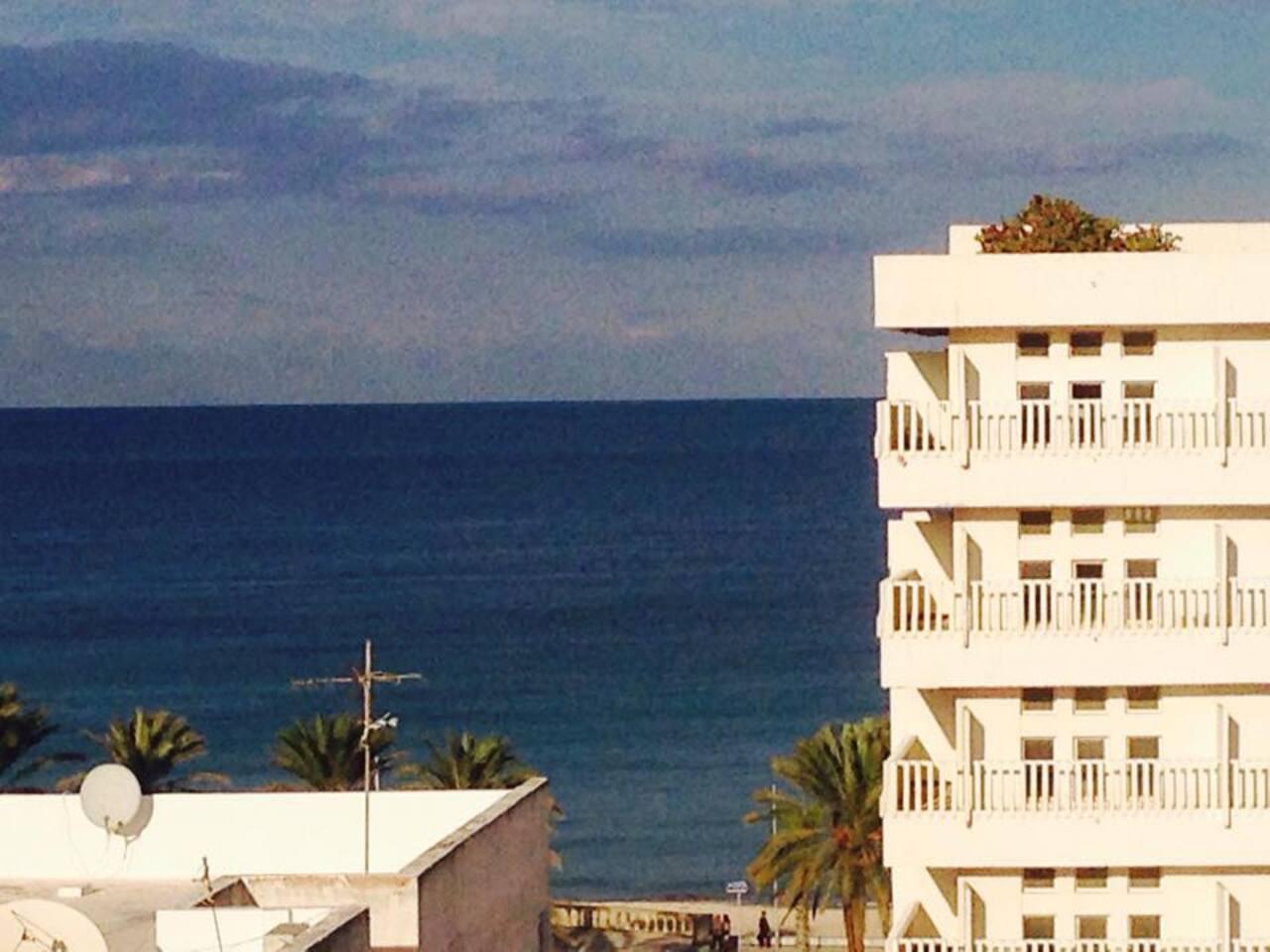 vue sur hotel et la mer