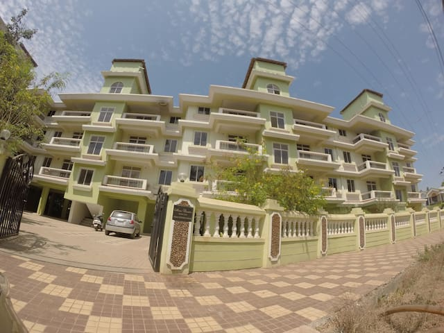 One BHK with Open Terrace - Varca - Lejlighed
