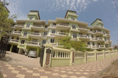 One BHK with Open Terrace - Varca - Daire