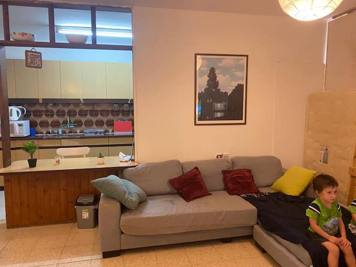 Cozy Herzliya Apartment * Great Location