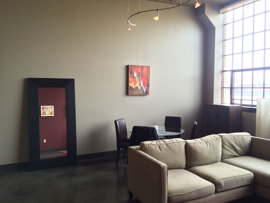 Chic Loft Apartments For Rent In Lansing