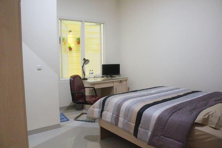 Cozy Room in Surabaya