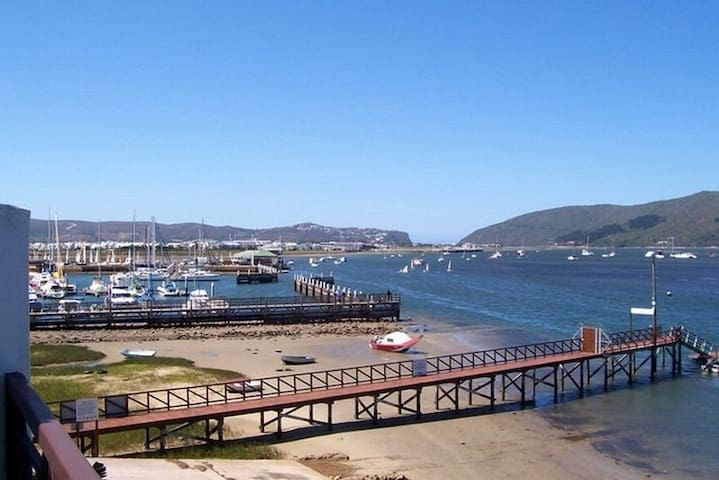 Knysna Laguna Grove Apartment