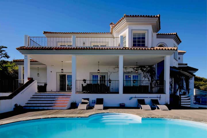 Stunning 5/6 Bedroom villa on Golf Course nr Beach