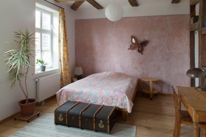 Fachwerk-Romantik im Leinebergland - Eime - Apartemen