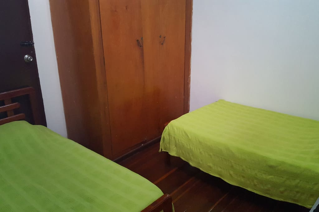 Double room with two twin size beds