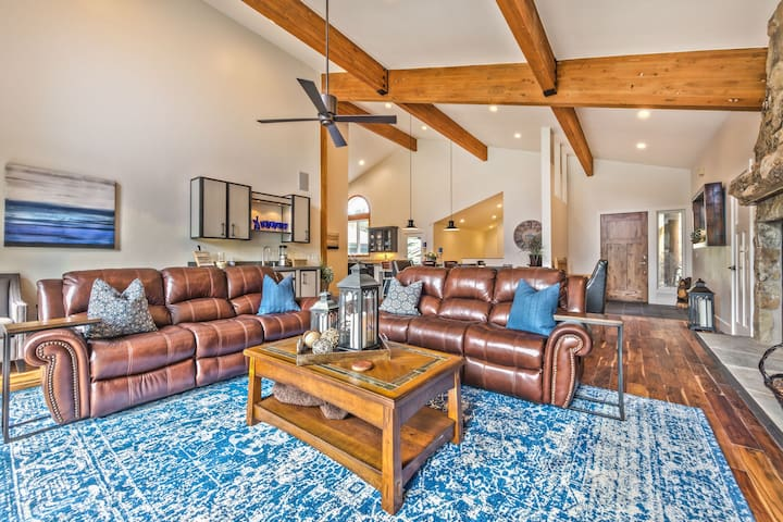 Living Room with HD Smart TV, DVD, Surround Sound, Wood Burning Fireplace, Reclining Sofa Chairs, Wet Bar, Deck Access