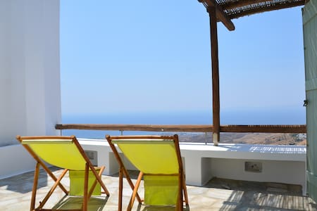 The perfect view to the Aegean Sea - Tinos