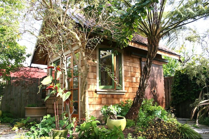 Little house in a Berkeley garden - Berkeley - Cabane