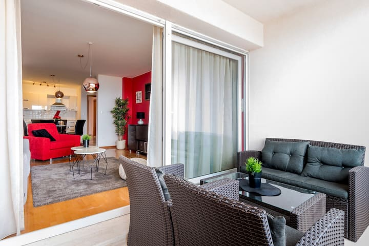 Sea view 2 bedroom Apartment Magis RED