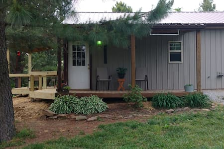 Shawnee Pines Lodging- Cute Studio